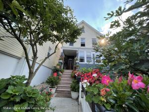 16 Ormond Place, Staten Island, NY 10305