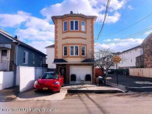 156 Boundary Avenue, Staten Island, NY 10306