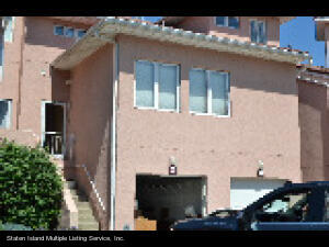 78 Harbour Court, Staten Island, NY 10308