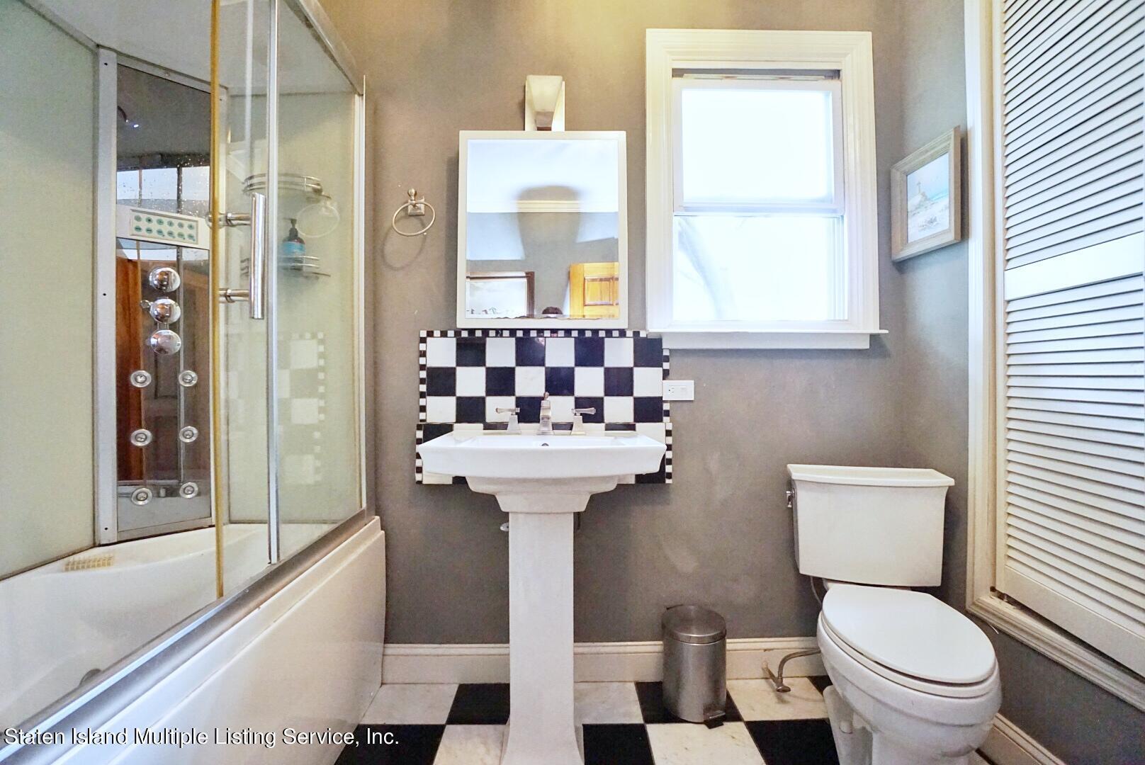 Single Family - Detached 136 York Avenue  Staten Island, NY 10301, MLS-1147575-37