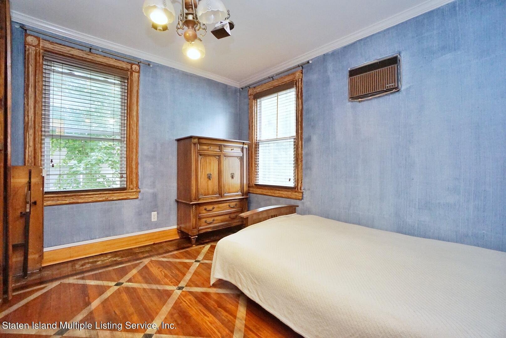 Single Family - Detached 136 York Avenue  Staten Island, NY 10301, MLS-1147575-35