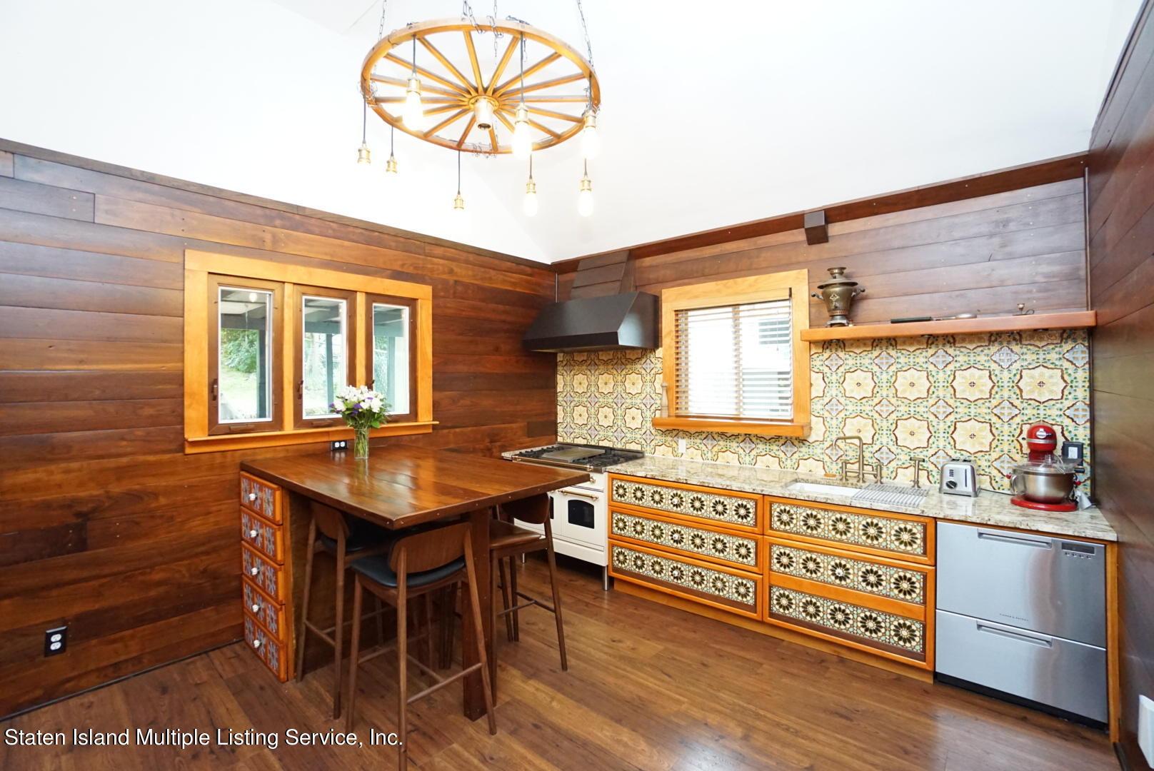 Single Family - Detached 136 York Avenue  Staten Island, NY 10301, MLS-1147575-17