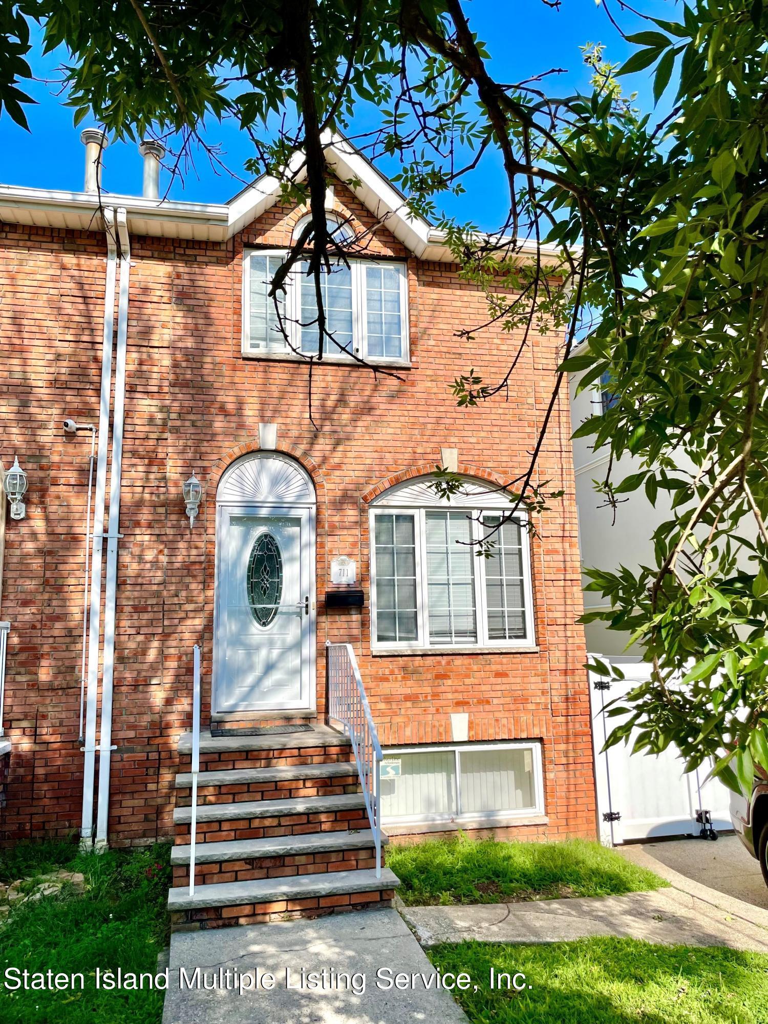 Single Family - Semi-Attached 711 Rockaway Street  Staten Island, NY 10307, MLS-1148604-2