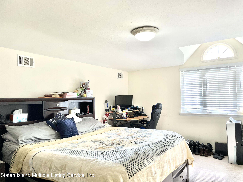 Single Family - Semi-Attached 711 Rockaway Street  Staten Island, NY 10307, MLS-1148604-11