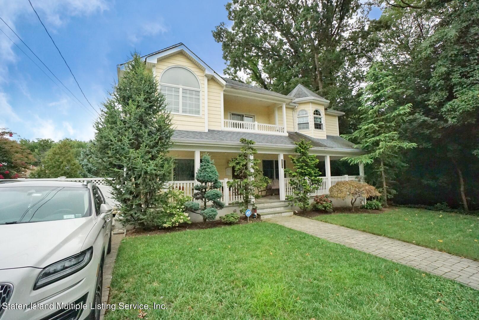 Single Family - Detached 578 Drumgoole Road  Staten Island, NY 10312, MLS-1148771-2