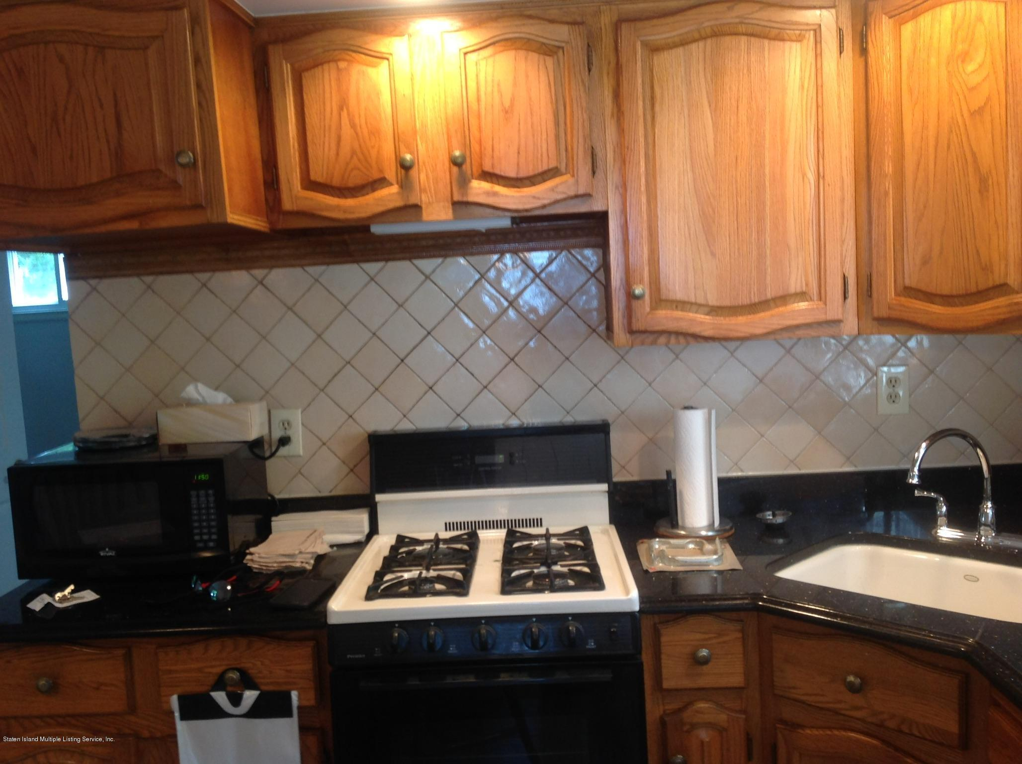 Single Family - Detached 28 Queen Street  Staten Island, NY 10314, MLS-1148779-5