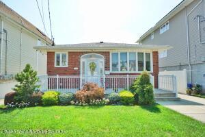 454 Naughton Avenue, Staten Island, NY 10305
