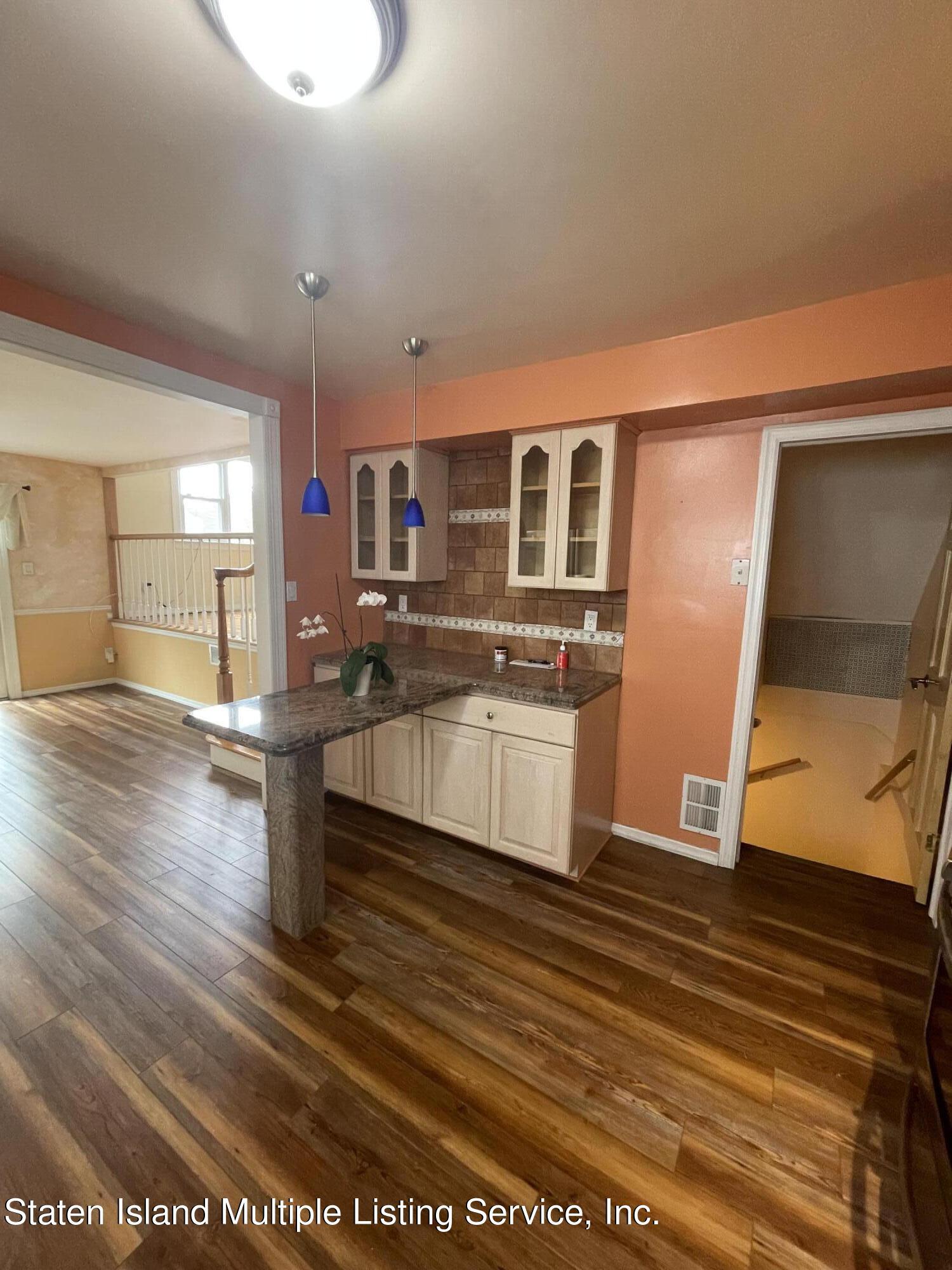 Single Family - Detached 484 Mountainview Avenue  Staten Island, NY 10314, MLS-1147175-40