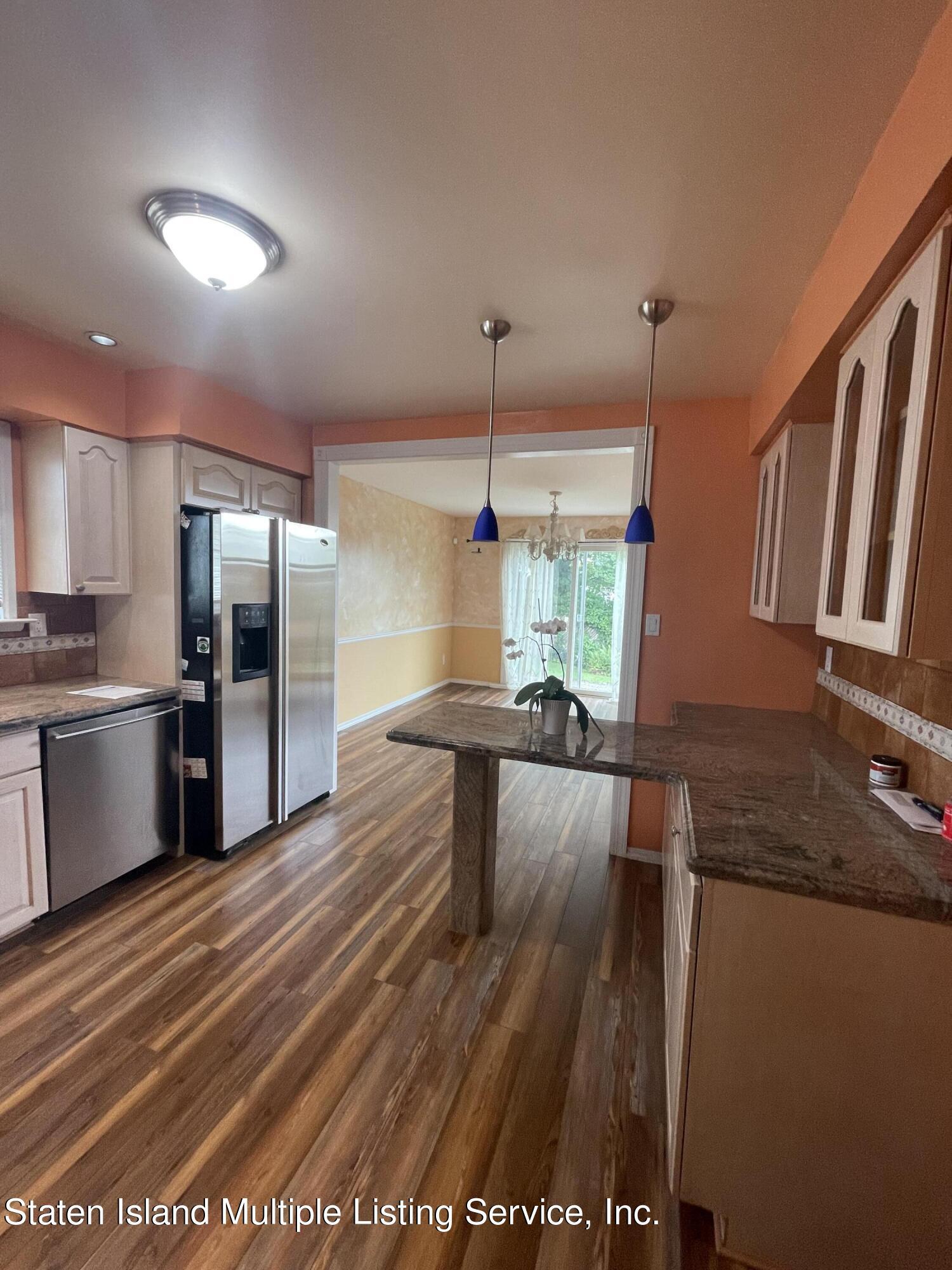 Single Family - Detached 484 Mountainview Avenue  Staten Island, NY 10314, MLS-1147175-43