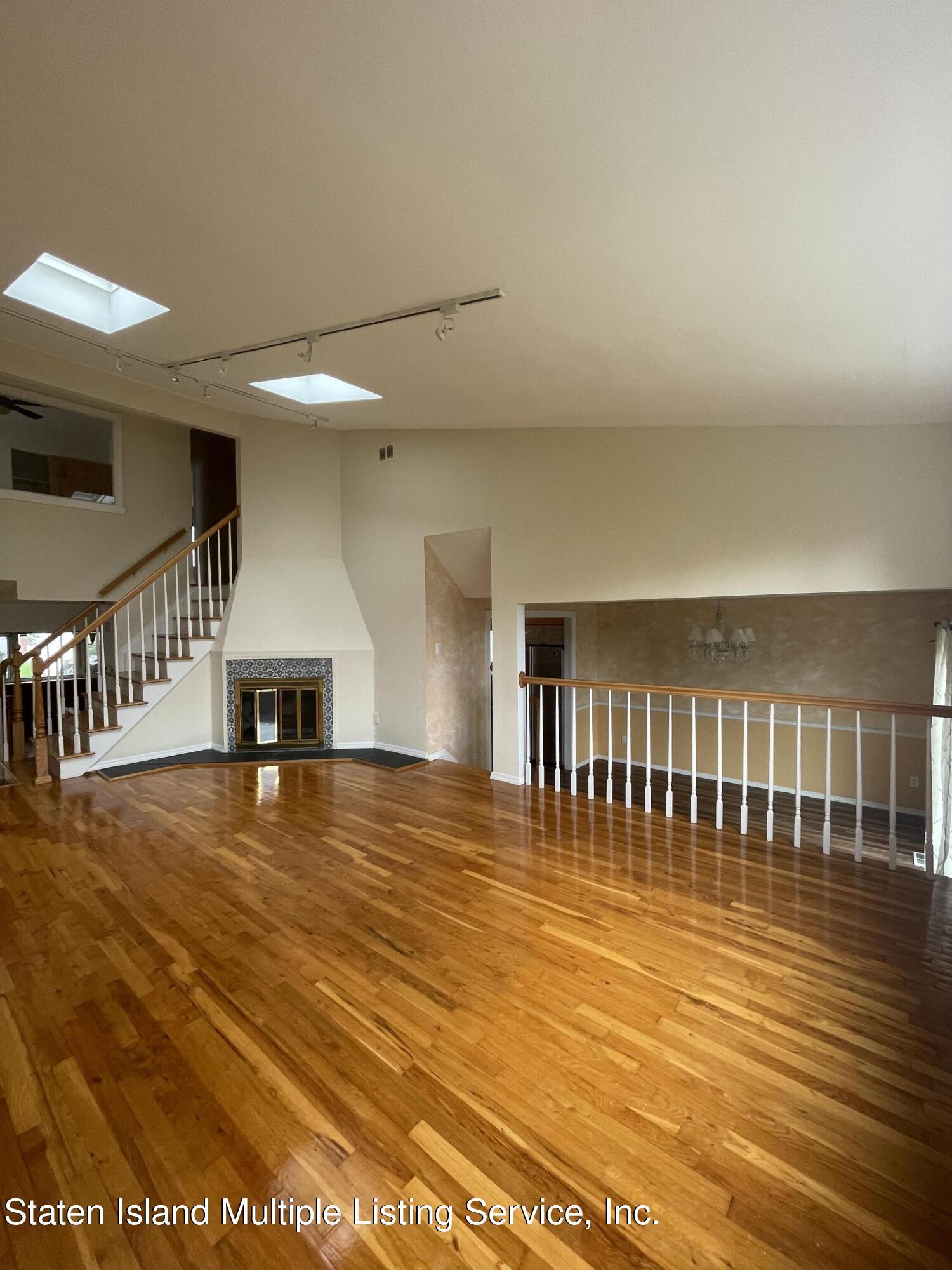 Single Family - Detached 484 Mountainview Avenue  Staten Island, NY 10314, MLS-1147175-44