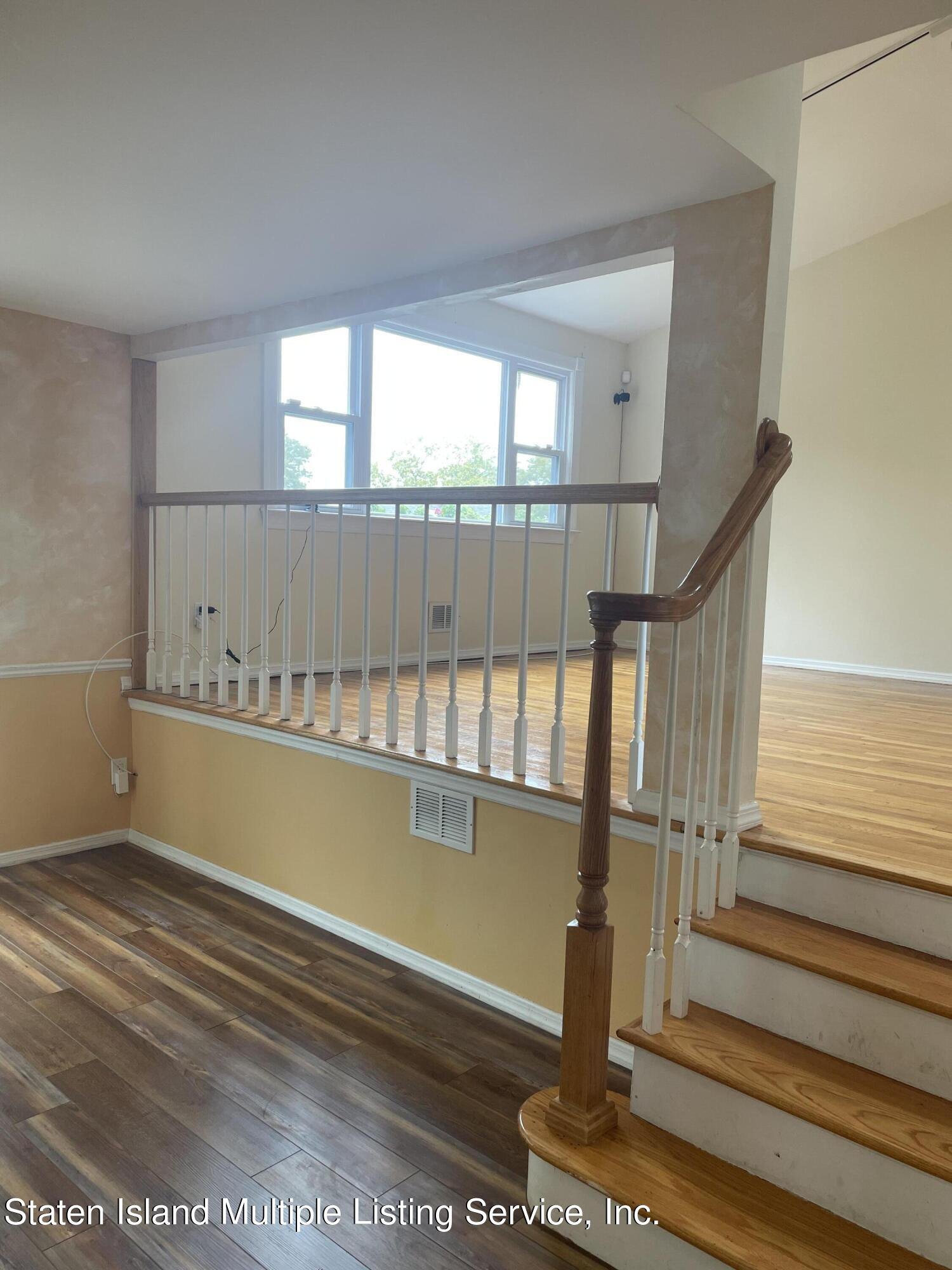 Single Family - Detached 484 Mountainview Avenue  Staten Island, NY 10314, MLS-1147175-49