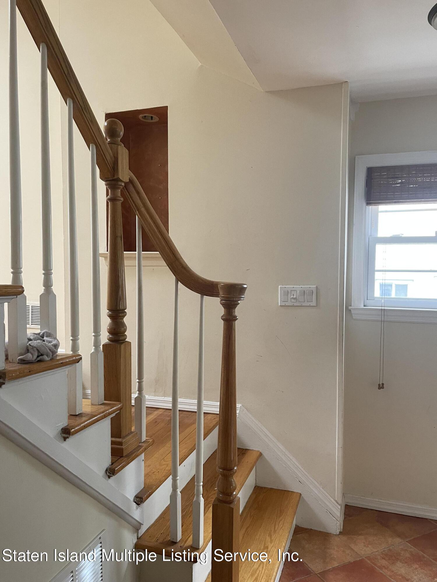 Single Family - Detached 484 Mountainview Avenue  Staten Island, NY 10314, MLS-1147175-47