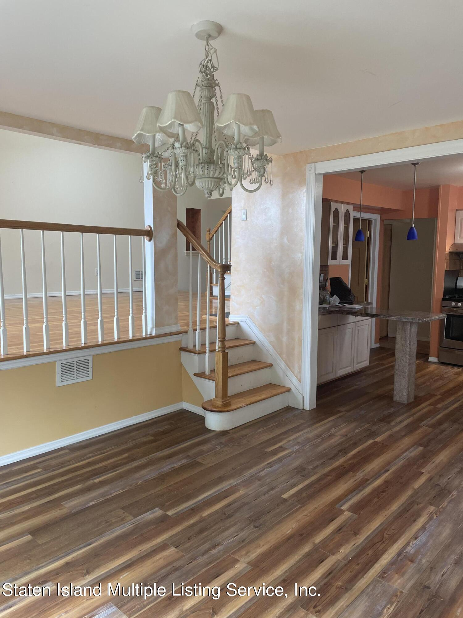 Single Family - Detached 484 Mountainview Avenue  Staten Island, NY 10314, MLS-1147175-7