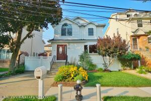 33 Groton Street, Staten Island, NY 10312