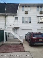 136 Robin Road, Staten Island, NY 10305