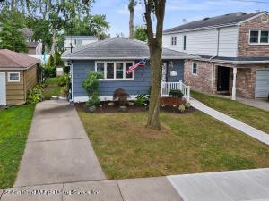 237 Fairbanks Avenue, Staten Island, NY 10306