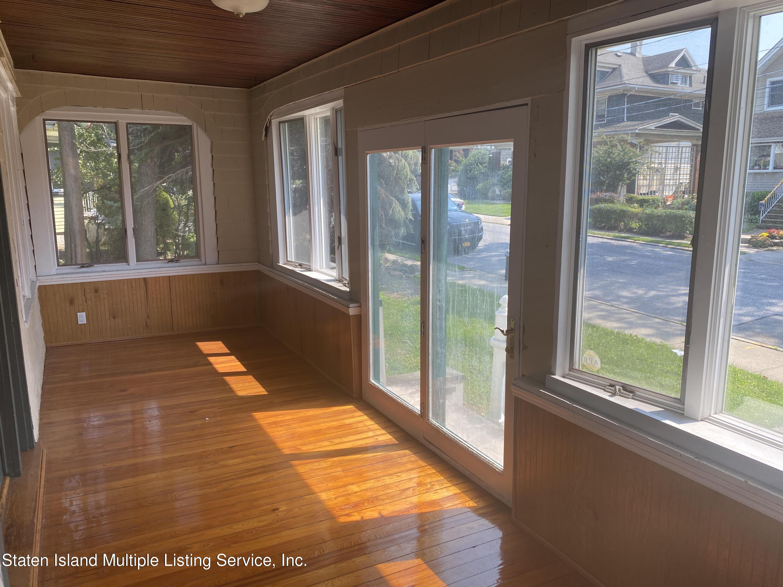Single Family - Detached 257 Potter Avenue  Staten Island, NY 10314, MLS-1149076-16