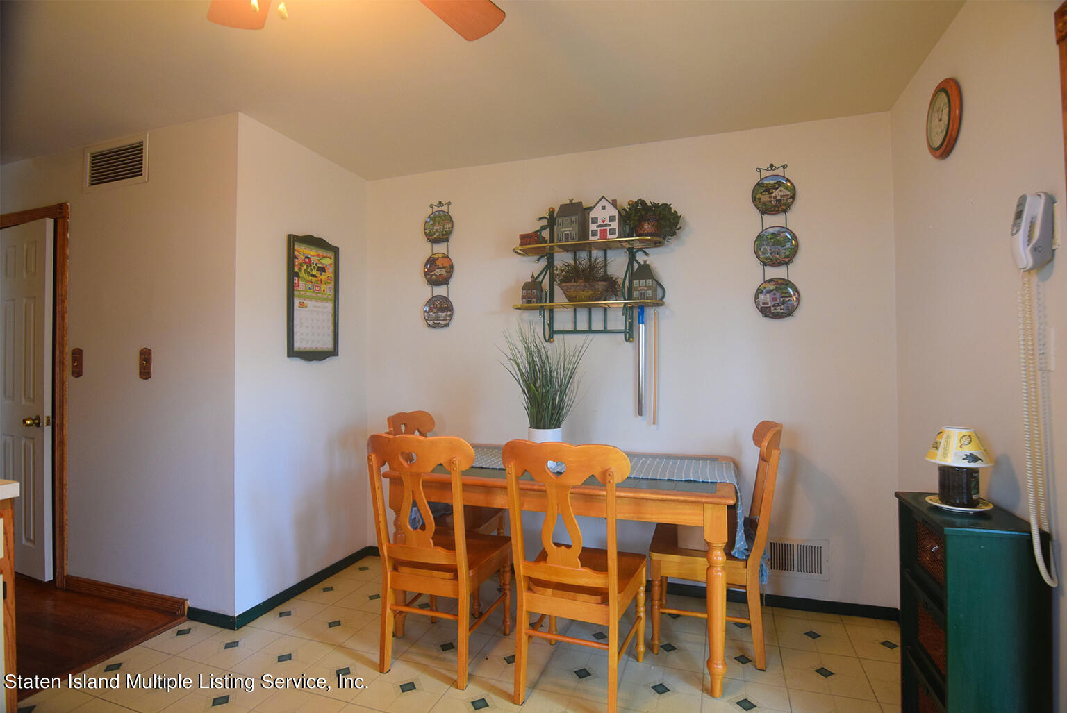 Single Family - Semi-Attached 524 Tennyson Drive  Staten Island, NY 10312, MLS-1149452-8