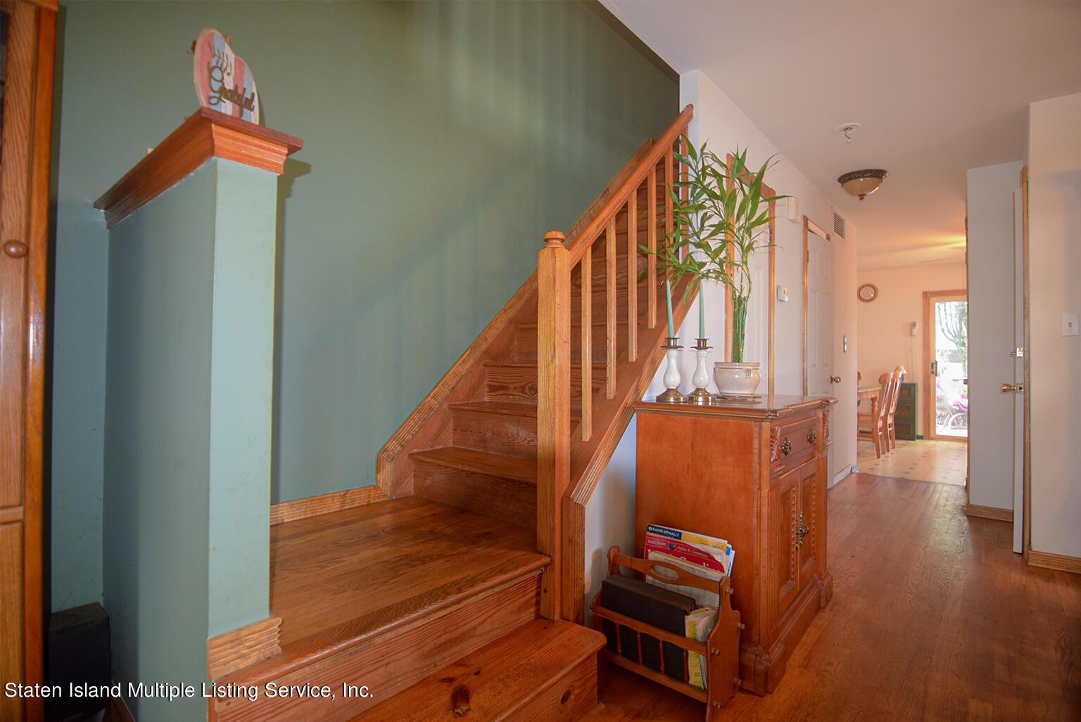 Single Family - Semi-Attached 524 Tennyson Drive  Staten Island, NY 10312, MLS-1149452-10