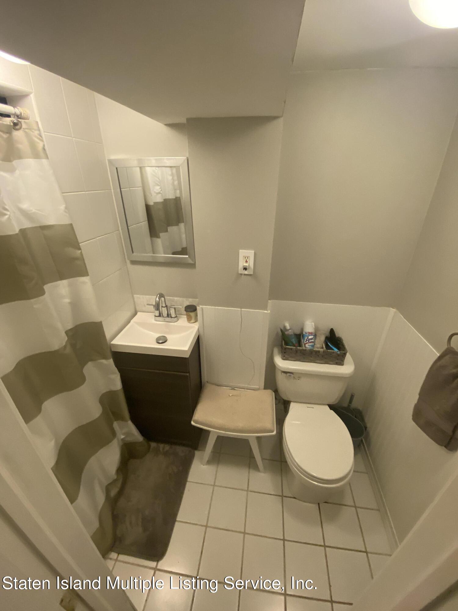 Single Family - Detached 569 Oakland Avenue  Staten Island, NY 10310, MLS-1149608-9