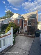 569 Oakland Avenue, Staten Island, NY 10310