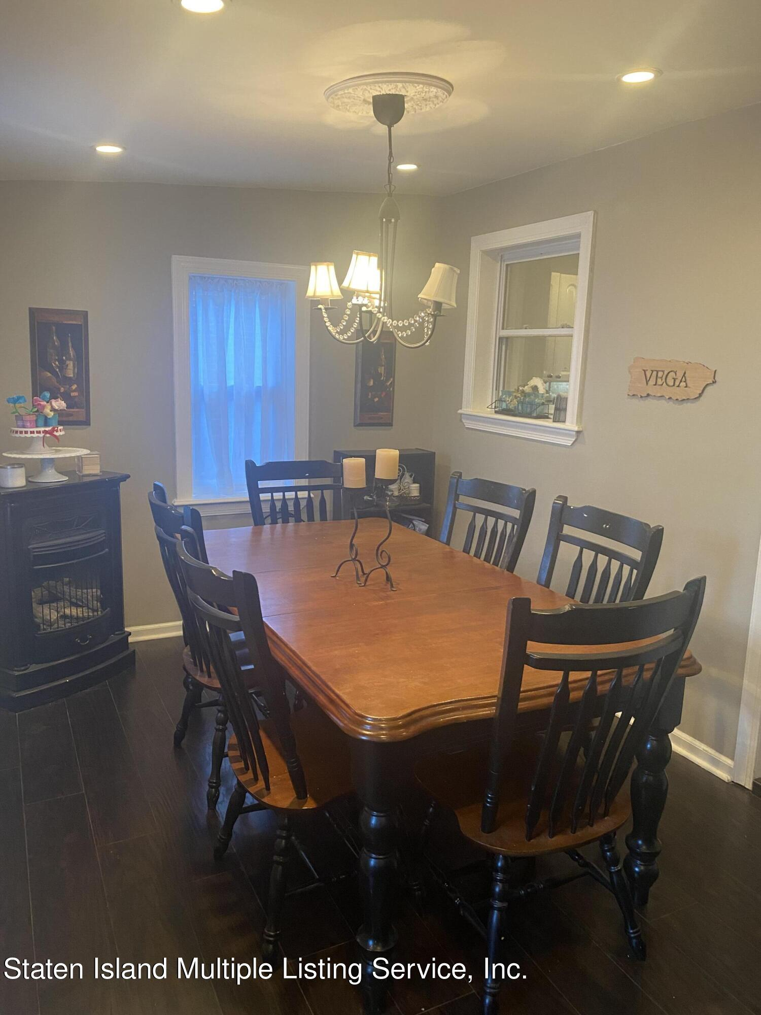 Single Family - Detached 569 Oakland Avenue  Staten Island, NY 10310, MLS-1149608-5