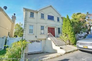 40 Putters Court, Staten Island, NY 10301