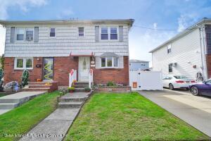 70 Park Street, Staten Island, NY 10306