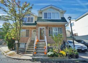 165 Woodcutters Lane, Staten Island, NY 10306