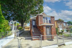 117 Piave Avenue, Staten Island, NY 10305