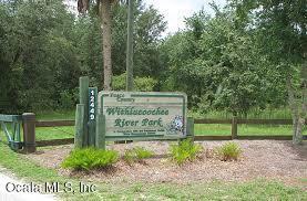 12802 N Edgewater Drive, Dunnellon, FL 34433