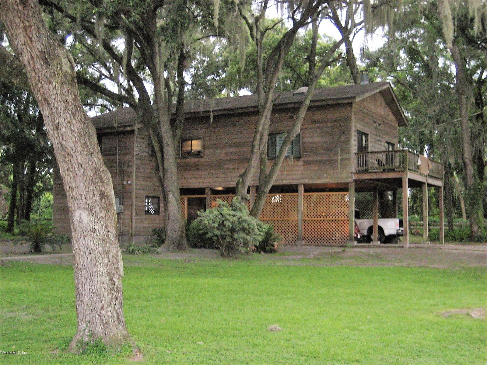 13526 County Road 245e, Oxford, FL 34484