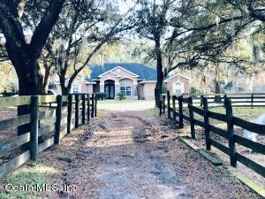 Property for sale at 12585 SW 16th Avenue, Ocala,  Florida 34473
