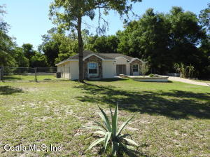 10180 SE Sunset Harbor Rd, Summerfield, FL 34491