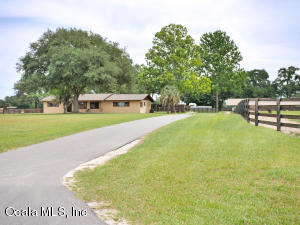 Property for sale at 6945 SW 70th Avenue, Ocala,  Florida 34476