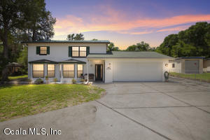 10316 SE Sunset Harbor Road, Summerfield, FL 34491