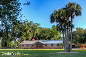 Property for sale at 21250 NW 86th Avenue, Micanopy,  Florida 32667