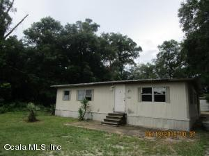 17245 SE 66th Lane, Ocklawaha, FL 32179