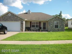 1006 E COTTENWOOD Street, Webb City, MO 64870