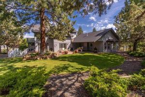 Lovely private setting with fenced yard.