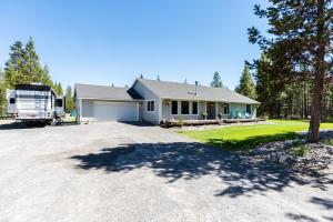 16255 Buena Vista Drive, La Pine, OR 97739