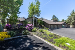 21809 Boones Borough Drive, Bend, OR 97701