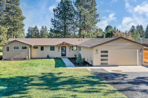 61084 Parrell Road, Bend, OR 97702