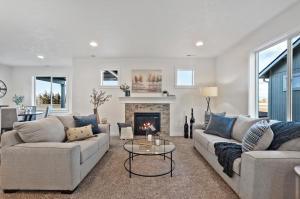 Middleton - Living Room