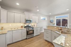 Hudson - Kitchen 4