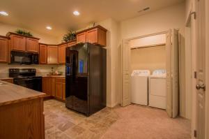The Canyon - Kitchen-Laundry