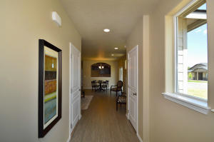 Canyon Front Hallway (1)