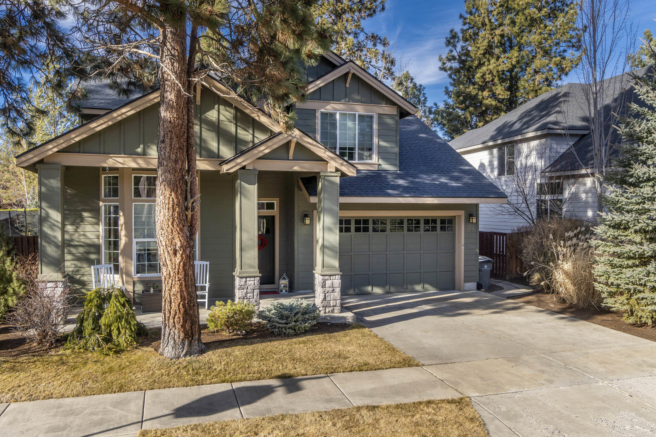 61027 Snowberry Place (1 of 24)
