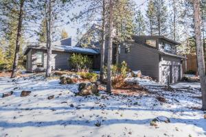 17720 Sparks Lane, Sunriver, OR 97707