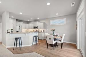 Hudson - Dining Room 2